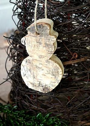 dekorace závěsná - sněhulák - bříza | A00830