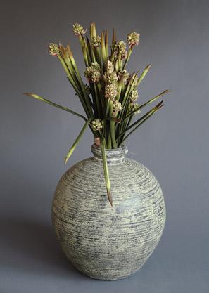 aranžmá trvalé hodnoty (umělé květy+ váza)   A01235_A