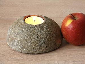 svícen - říční kámen | A03560