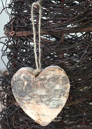 dekorace závěsná - srdce - bříza   A05536
