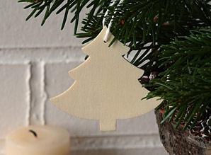 dekorace závěsná - stromeček - dřevo | A06932_VBI