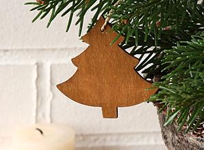 dekorace závěsná - stromeček - dřevo | A06932_VHN