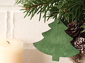 dekorace závěsná - stromeček - dřevo | A06932_VZE